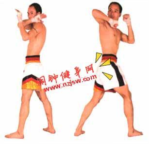 泰拳配步反肘练习的图解教程
