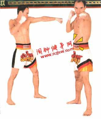 泰拳前后手直拳的教学图解