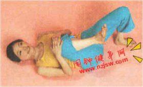 消除松软的大腿内侧脂肪十字根式瑜伽动作该怎么练