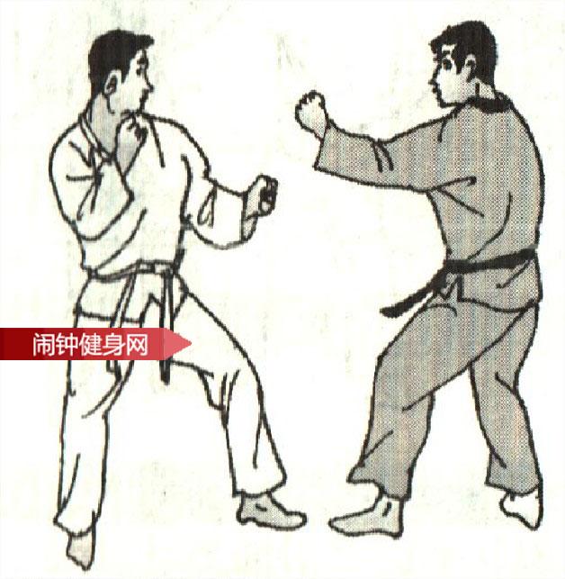 跆拳道《防背踹接击肾反击 》图解教学