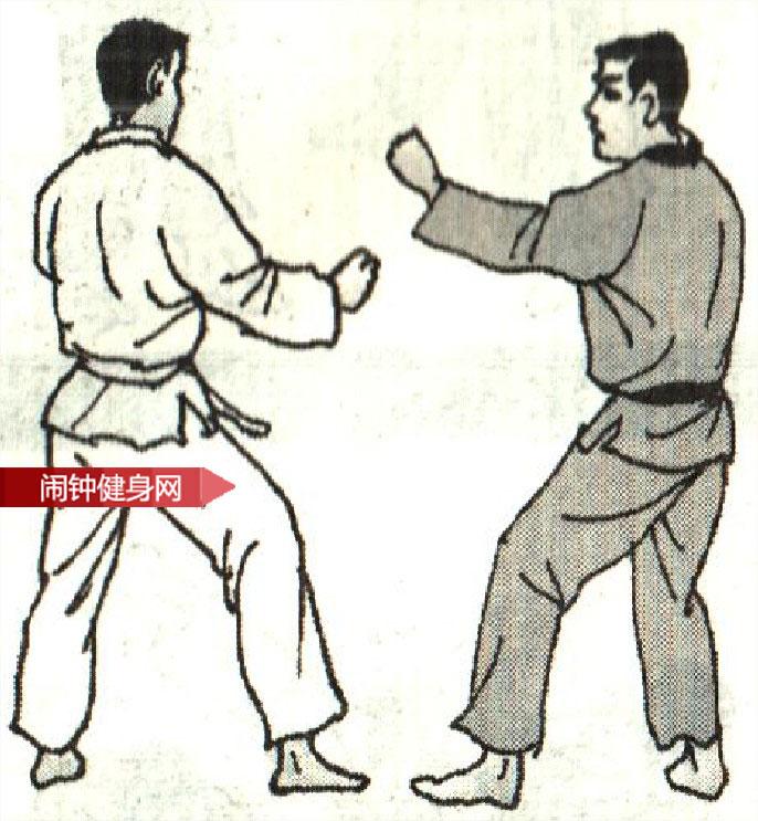 跆拳道《防拧腿踢反踢接时击心窝反击 》图解教学