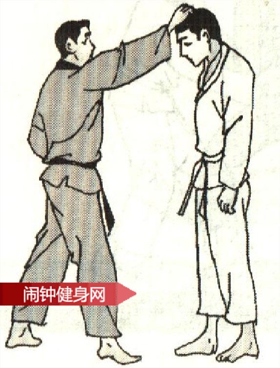 跆拳道《解脱抓发反折右腕》图解教学