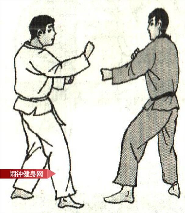 跆拳道《防拳腿攻接膝攻反击》图解教学