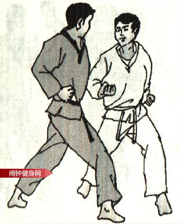 跆拳道《挑肘平拳接肘击颌部》图解教学www.nzjsw8.com