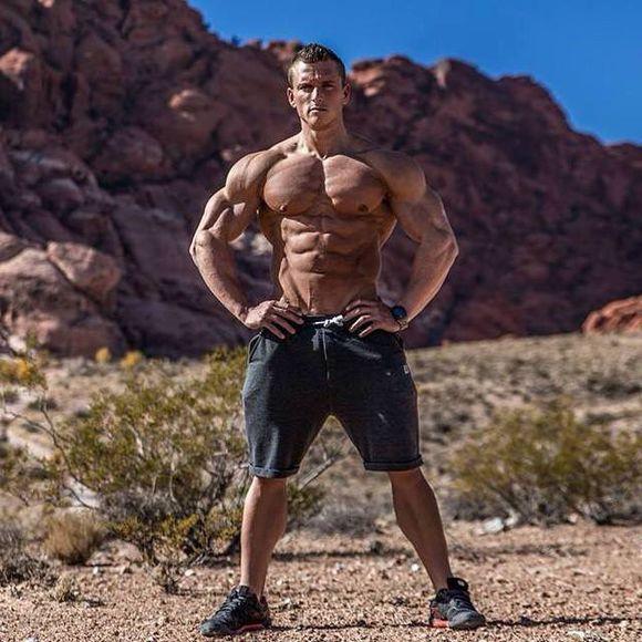 一日健身房胸肌训练计划,学习胸肌线条怎么练