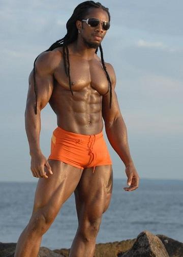 男人健身练腿的重要性,以及两组练腿训练动作图解