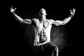 高强度间歇训练模式+完结组,高效减脂4倍多