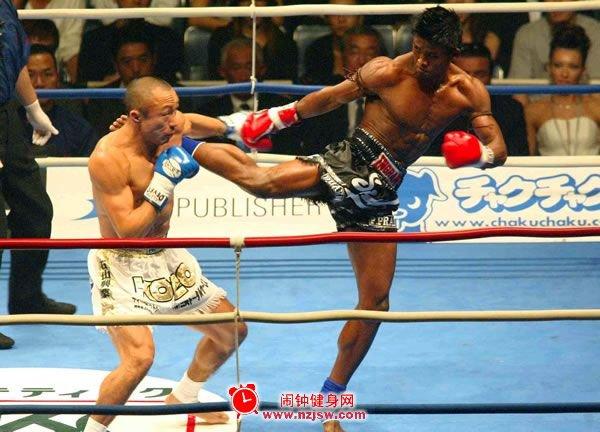 颂狄.戌达吉:远东国际拳击冠军,天赋左拳最具神力