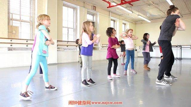 儿童学街舞有什么好处,小孩学习街舞注意控制运动量