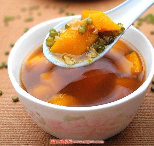 夏季利尿美食绿豆南瓜汤的做法讲解