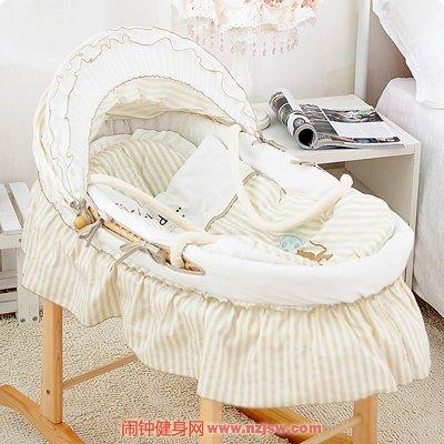 该给新生儿买宝宝床还是提篮www.nzjsw.com